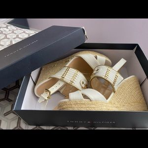 knitted tommy hilfiger beachy wedges/heels